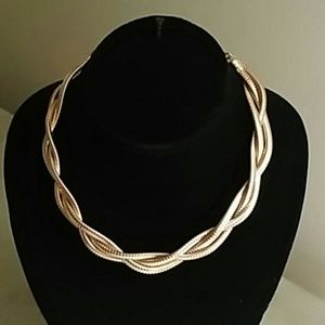 Jewelry - Gold Tone Braided Necklace